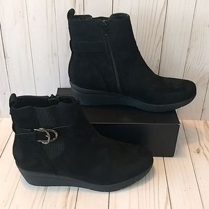NWOT Ann Klein Ankle Boots
